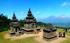 Wisata-Alam-Semarang-Candi-Gedong-Songo-cakrawalatour